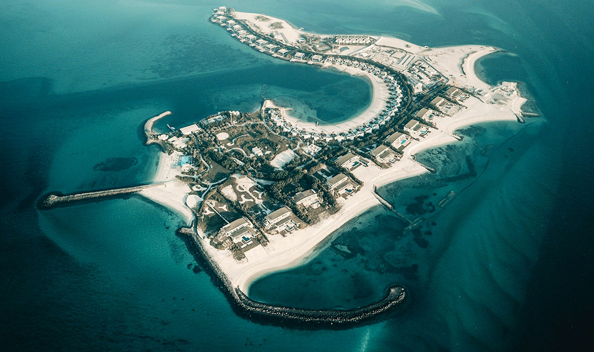 NURAI ISLAND RESORT & PRIVATE VILLAS AT ABU DHABI (35 PRIVATE VILLAS & 45 ROOM RESORT)