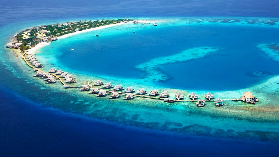 VAGAROO ISLAND RESORT – MALDIVES (40 LUXURY VILLAS)